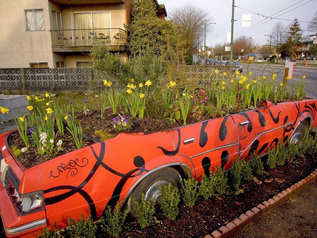 Cool planters made from unusual recycled objects for Recycling ideas for your garden