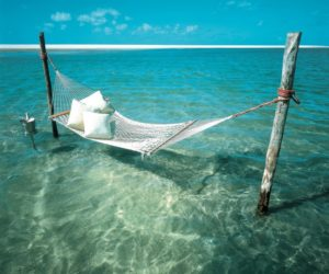 Cool Ways To Hang A Hammock For A Lazy Summer Nap