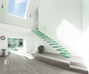 ... 20 Glass Staircase Wall Designs With A Graceful Impact On The Overall  Decor