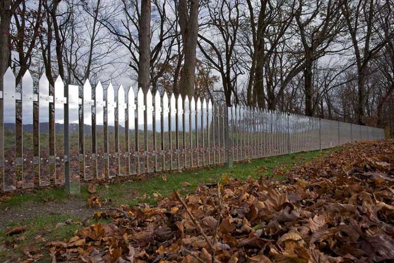 Get creative fun and unusual design ideas for fences - Personalized garden fences ideas as cute and creative yard border ...