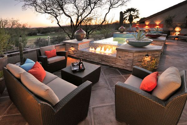 Eye Catching Modern Outdoor Fireplaces Turn The Patio Into A Dreamy Retreat