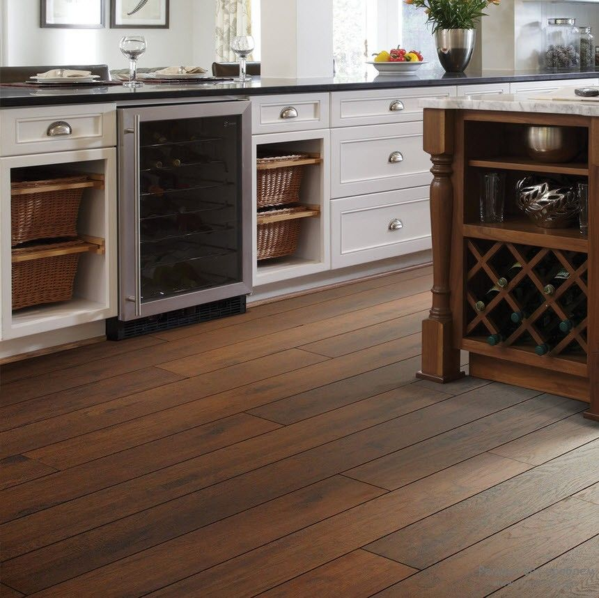 the low down on laminate vs hardwood floors - Laminate Kitchen Flooring