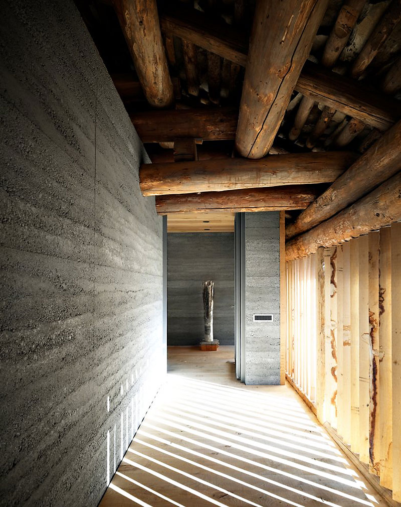 Remodeled Barn Merges Traditional And Contemporary Into A ...
