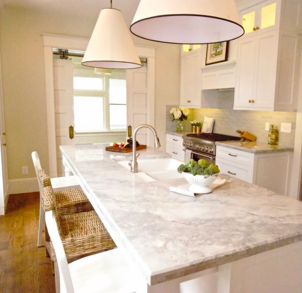 Quartz Kitchen Countertops.