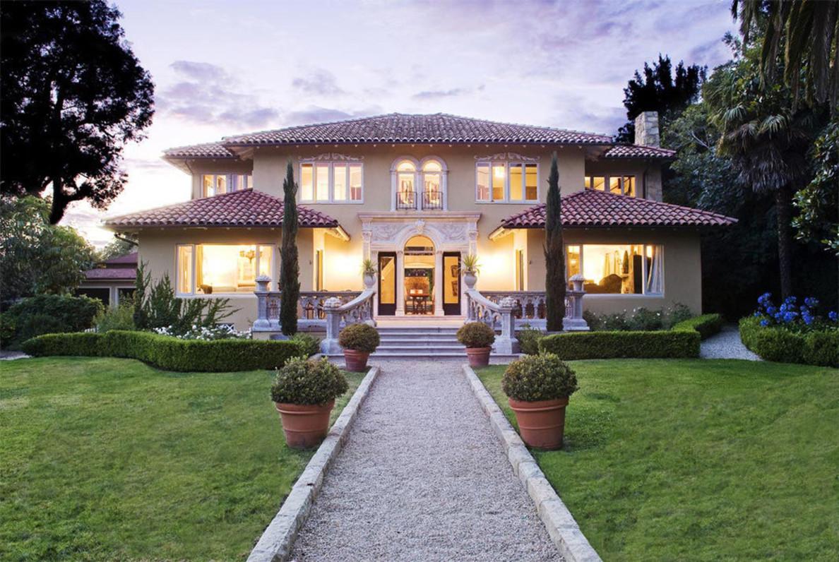 Using Outdoor Symmetry When Designing The Landscape Casa Design