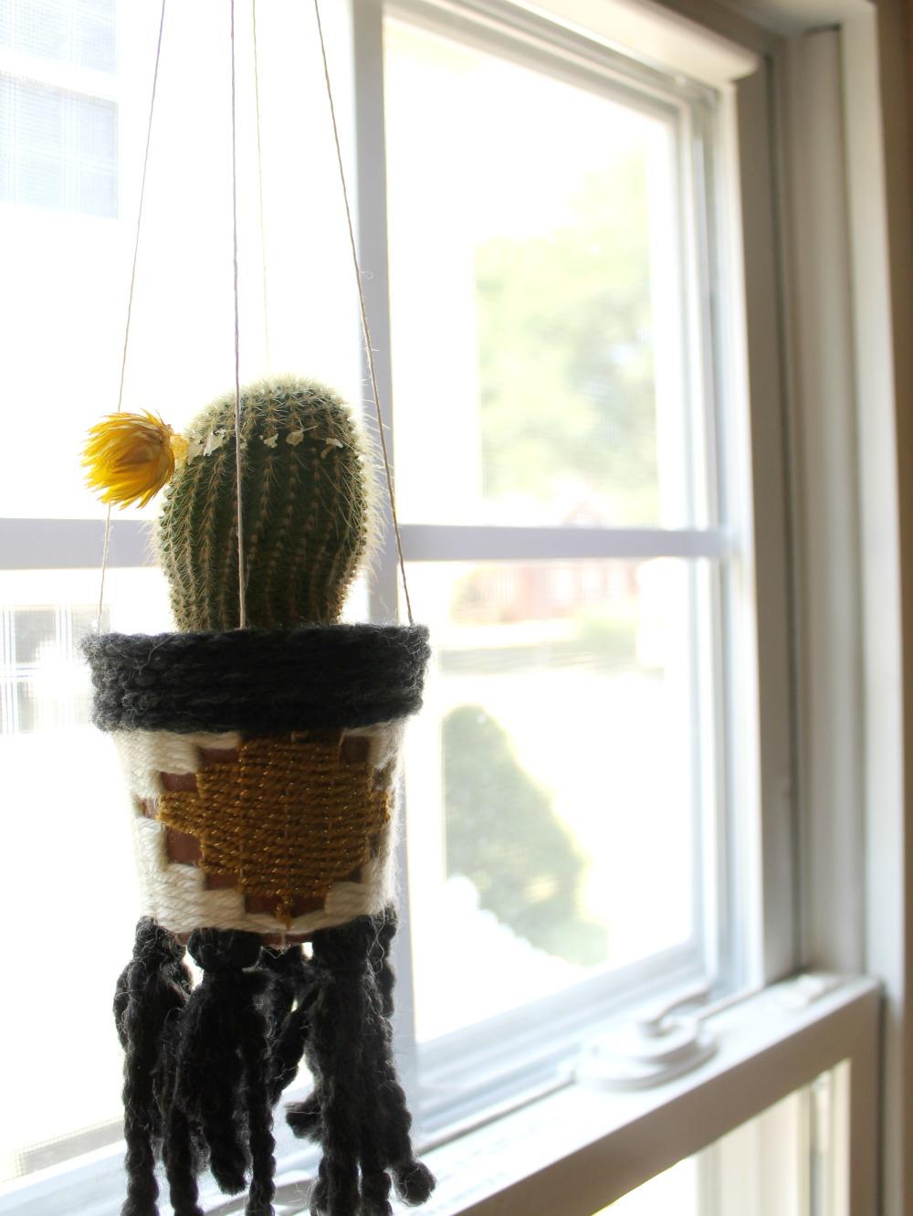 Hanging woven planter diy