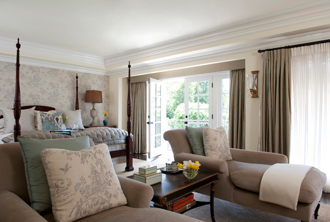 ... A larger sitting area will give the bedroom a more casual look ...