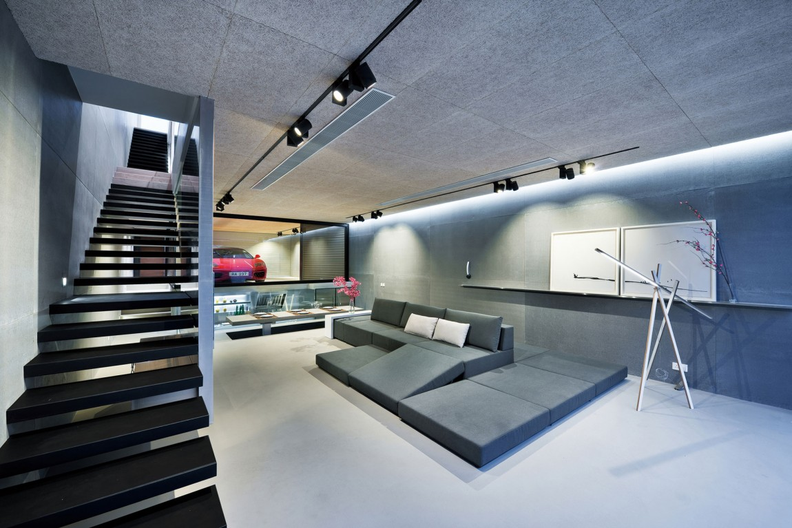 Unconventional Hong Kong House Makes The Garage Part Of The Living ...