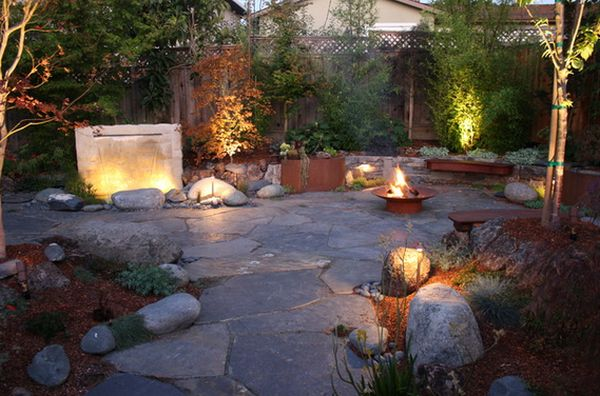 20 rock garden ideas that will put your backyard on the map for Open yard landscaping ideas