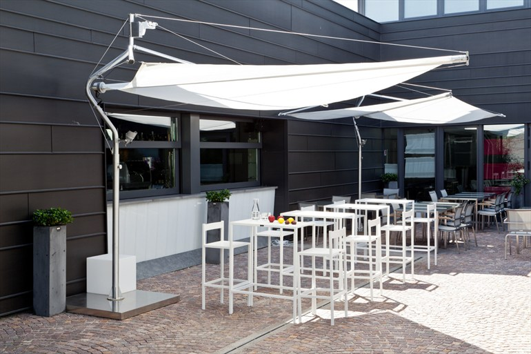 Portable Awning Patio Umbrellas : Cool umbrellas that shade you from the hot summer sun in style