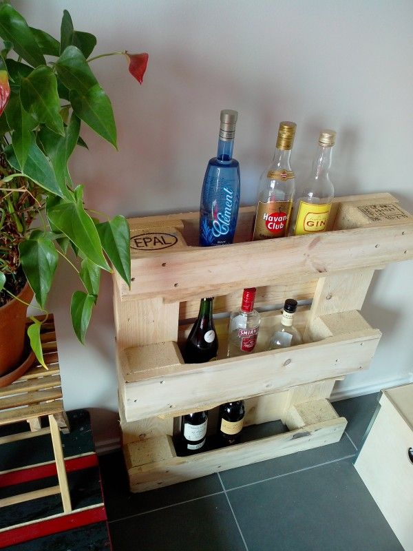 Diy Furniture Projects Made Of Whole Pallets