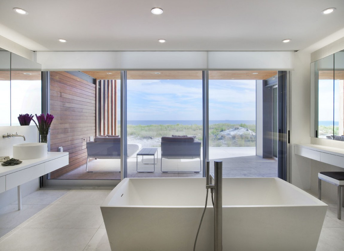 Unobstructed Views Of The Ocean From A Beach House In New York