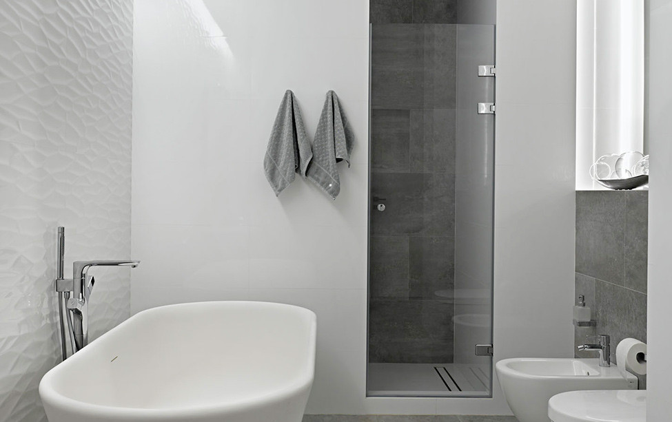 the contemporary style is a celebration of materials and everything should look authentic - Contemporary Bathrooms