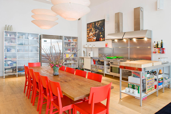 red dining room chairs. View in gallery Be Confident With Color  How To Integrate Red Chairs In The