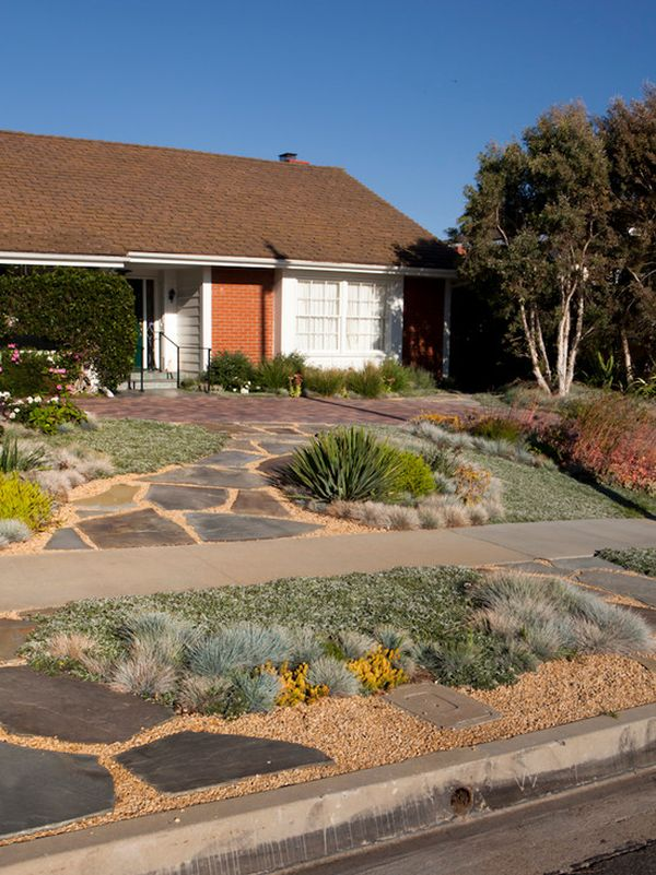 Curb appeal 20 modest yet gorgeous front yards 12 outside the box xeriscape workwithnaturefo