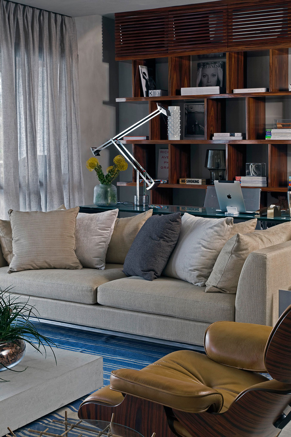 Contemporary Loft Finds The Perfect Balance Between Cool And Elegant
