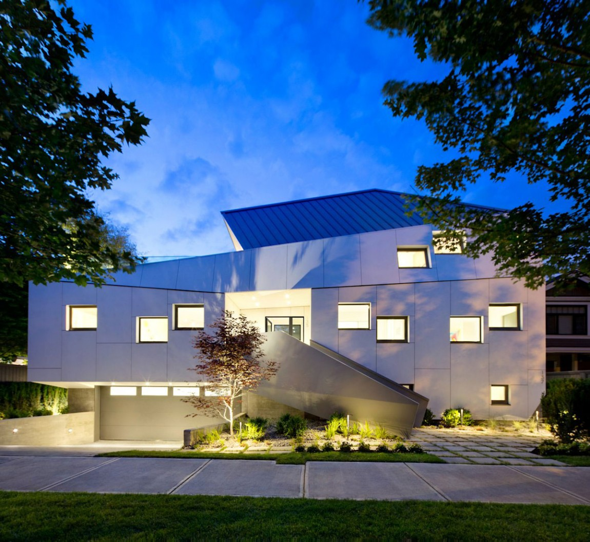 Energy Star Efficient Home Built To Stand Out In The Urban Vancouver Setting