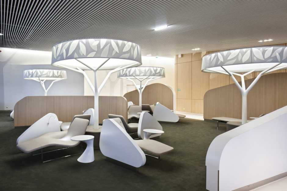 10 Spectacular Airport Lounges Around The Globe Impress