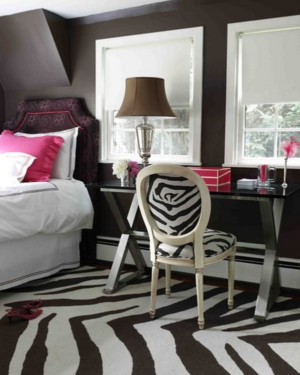 How To Incorporate Zebra Print Into Your Bedroom S Decor