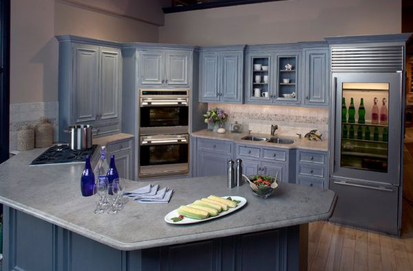Design ideas and practical uses for corner kitchen cabinets for Built in oven kitchen cabinets