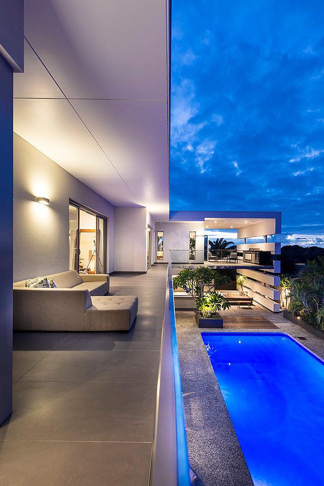 city beach house outdoor lounge - View Small Rectangular House Interior Design  Pics