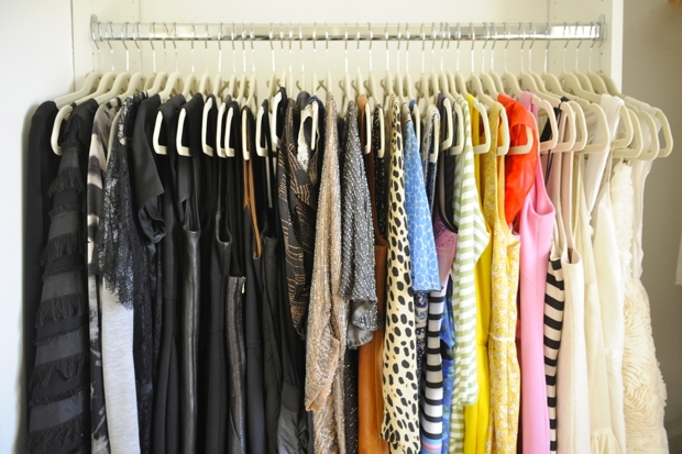 High Quality Organize Clothes By Color.
