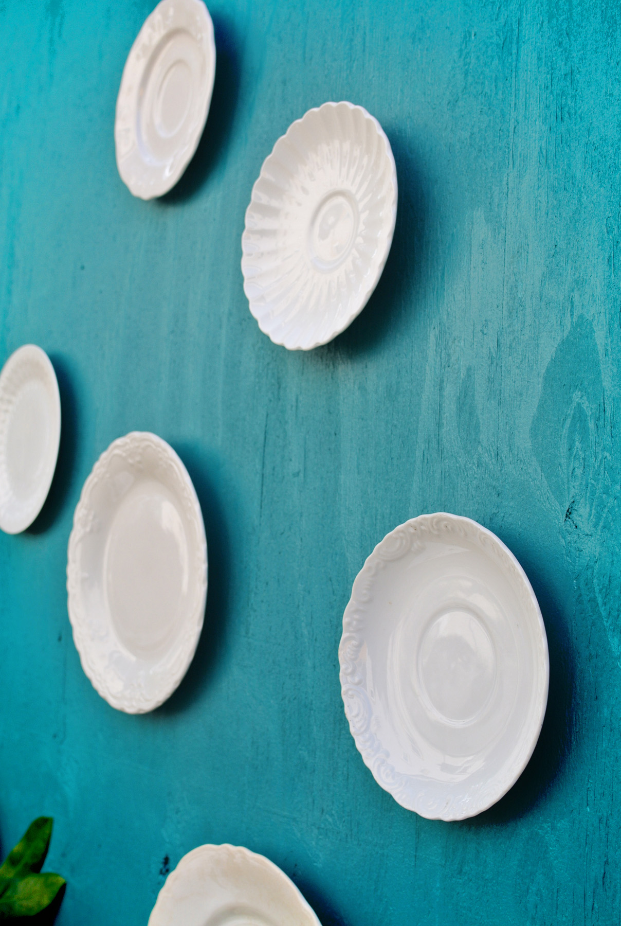 creating a wall of hanging plates
