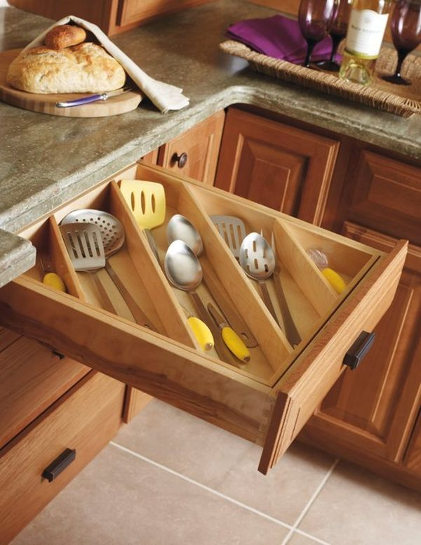 Organizing the drawers 65 Ingenious Kitchen Organization Tips And Storage Ideas. Kitchen Drawer Design Ideas. Home Design Ideas