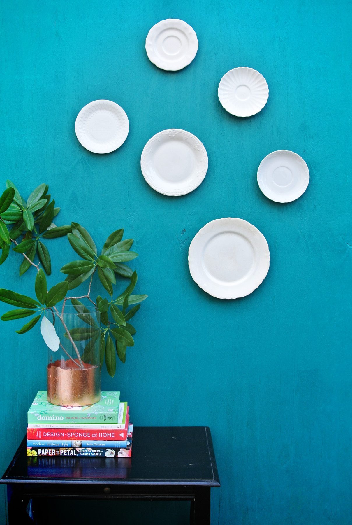 how to hang wall plates