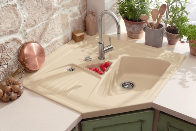 Exceptionnel Is A Corner Kitchen Sink Right For You? Solving The Dilemma