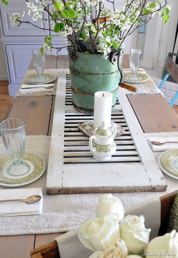 Exquisite dining room table centerpieces for a complete for Decorative dining table accessories