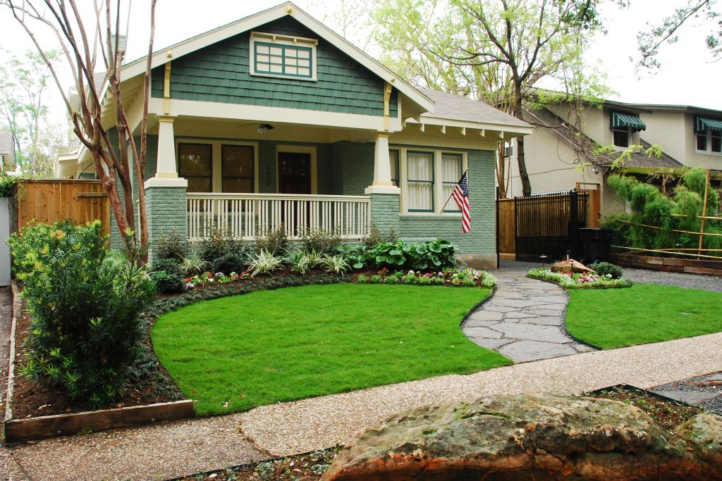 dos and donts of front yard landscape - Landscaping Design Ideas For Front Of House