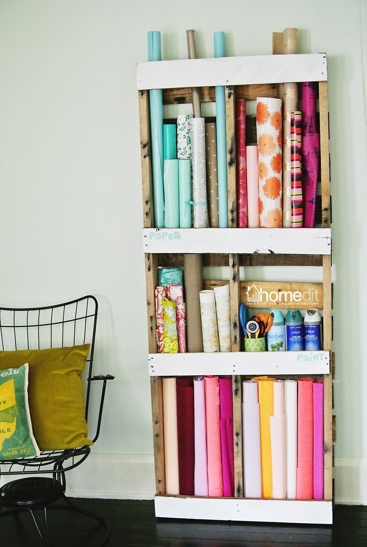 DIY Pallet Storage Shelving