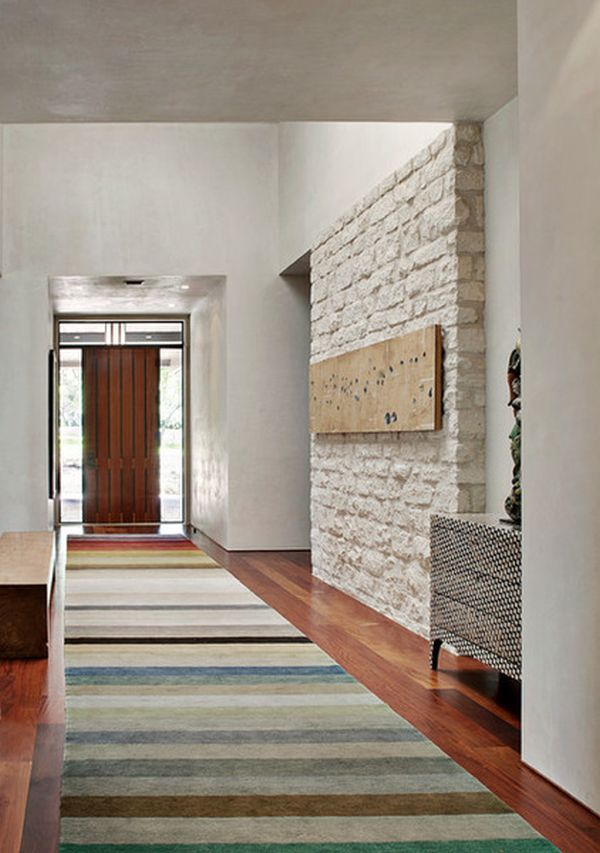 How you can dress up narrow spaces using hallway runners - Alfombras de pasillo ...