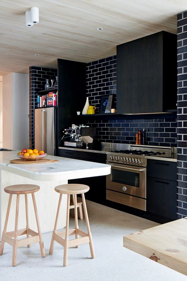 Black Subway Tile kitchen subway tiles are back in style – 50 inspiring designs