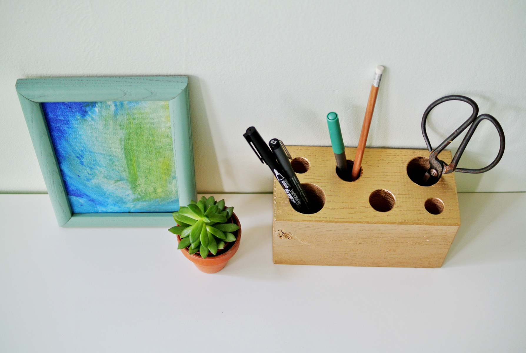 wooden block pencil holder