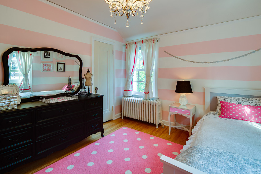 Simple rooms that use polka dot design twists to look adorable for Amazing of black and pink bedroom ideas