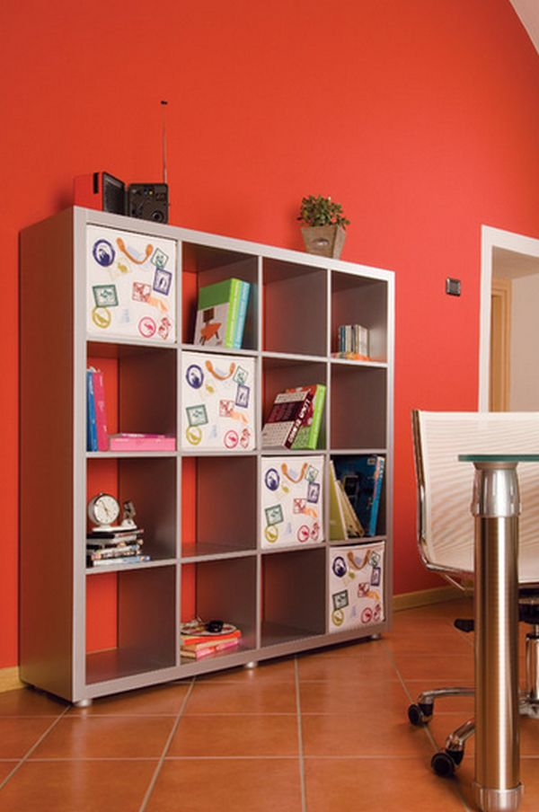 Ikea Bookshelves Take A Stand On Versatility – 23 Creative ...