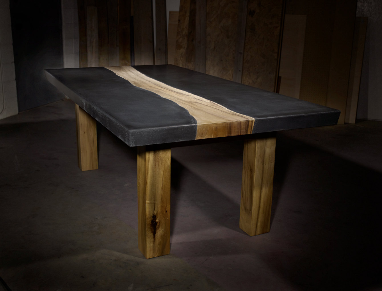10 unique pairings of materials revolving around wood for Interesting table tops