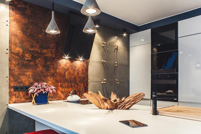 Spacious Kiev Apartment Embraces Artistic Beauty With A Simple Design