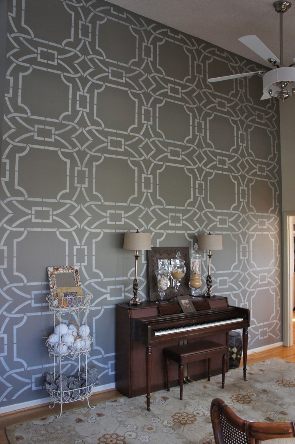 Faux Walls Ideas Part - 25: Stenciling.