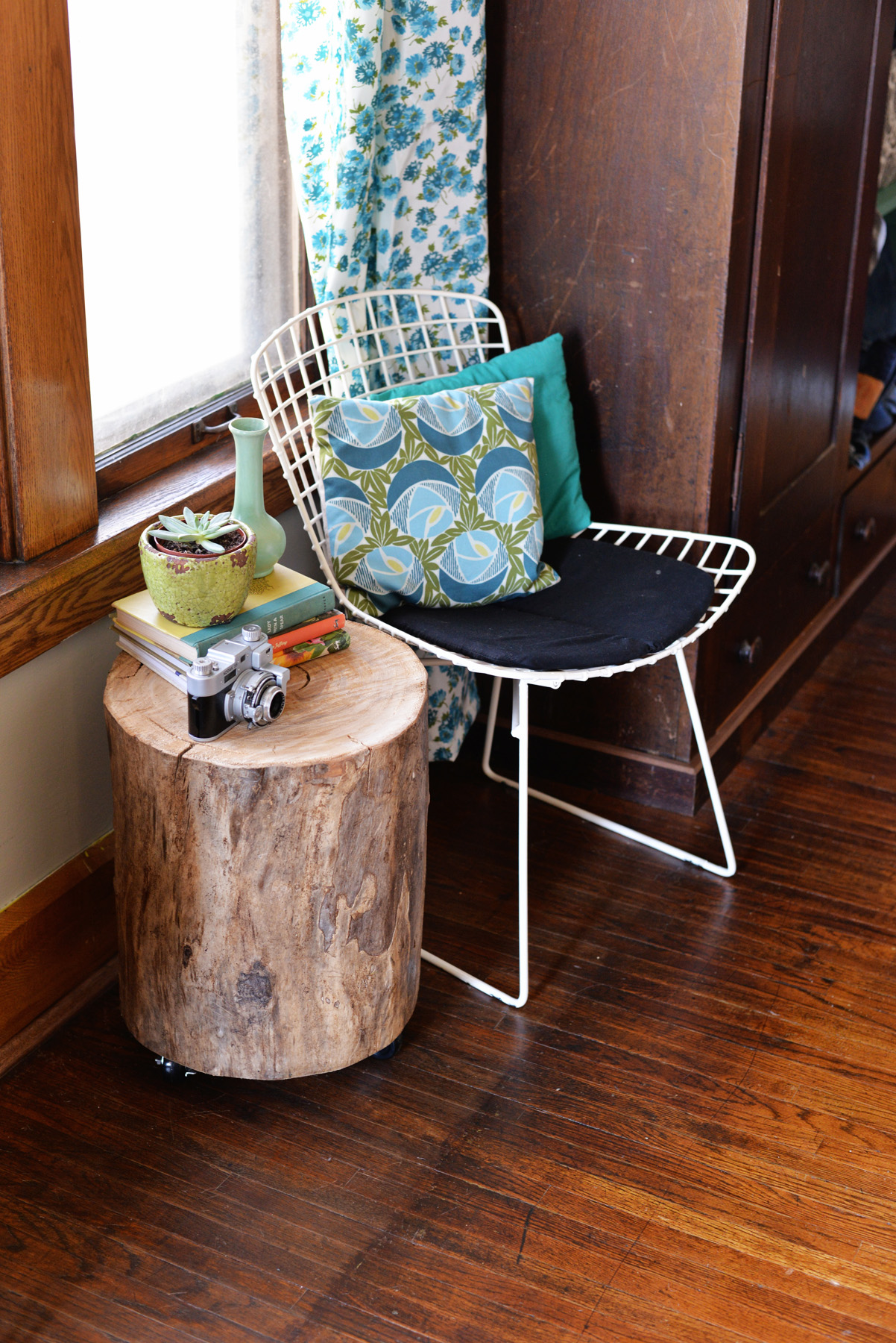 DIY Tree Stump Side Table