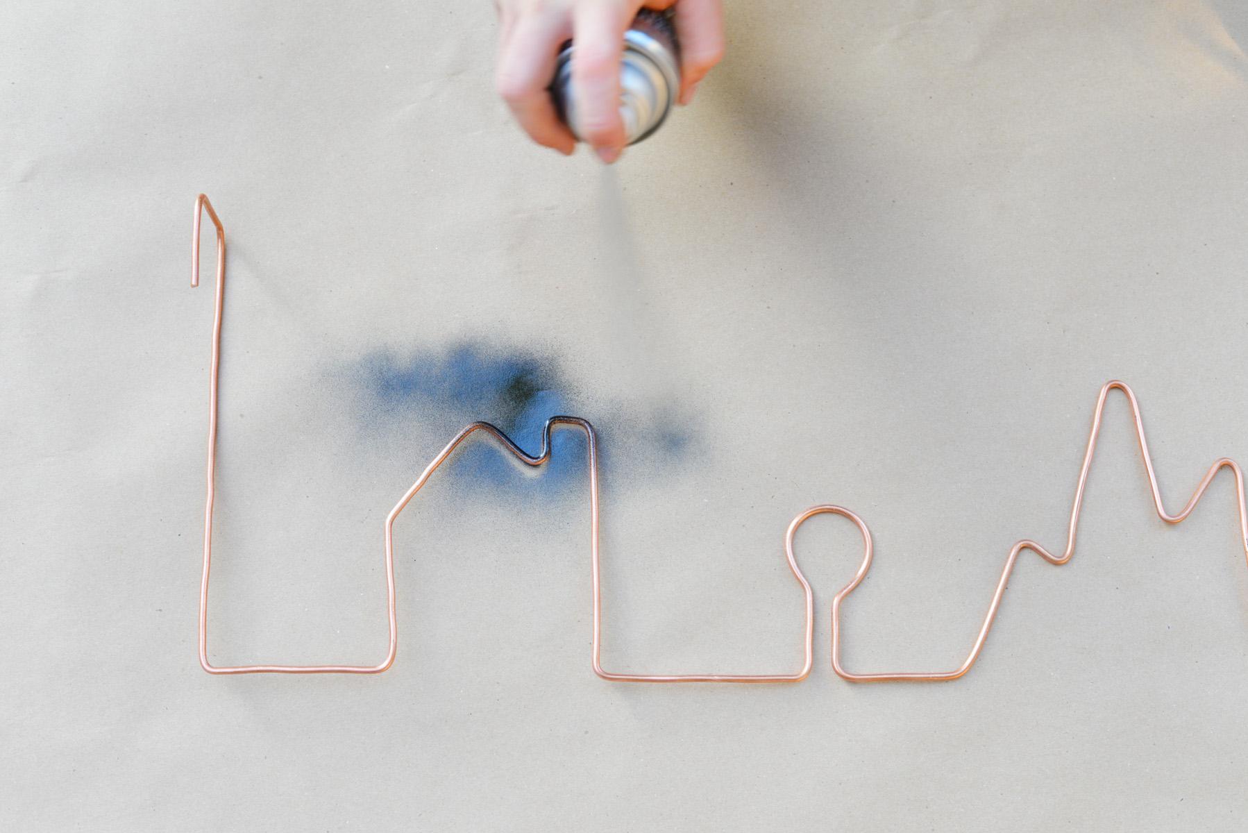 wire door hanger DIY tutorial