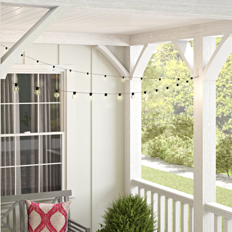 Outdoor 100 Bulb Globe String Lights - How You Can Use String Lights To Make Your Bedroom Look Dreamy