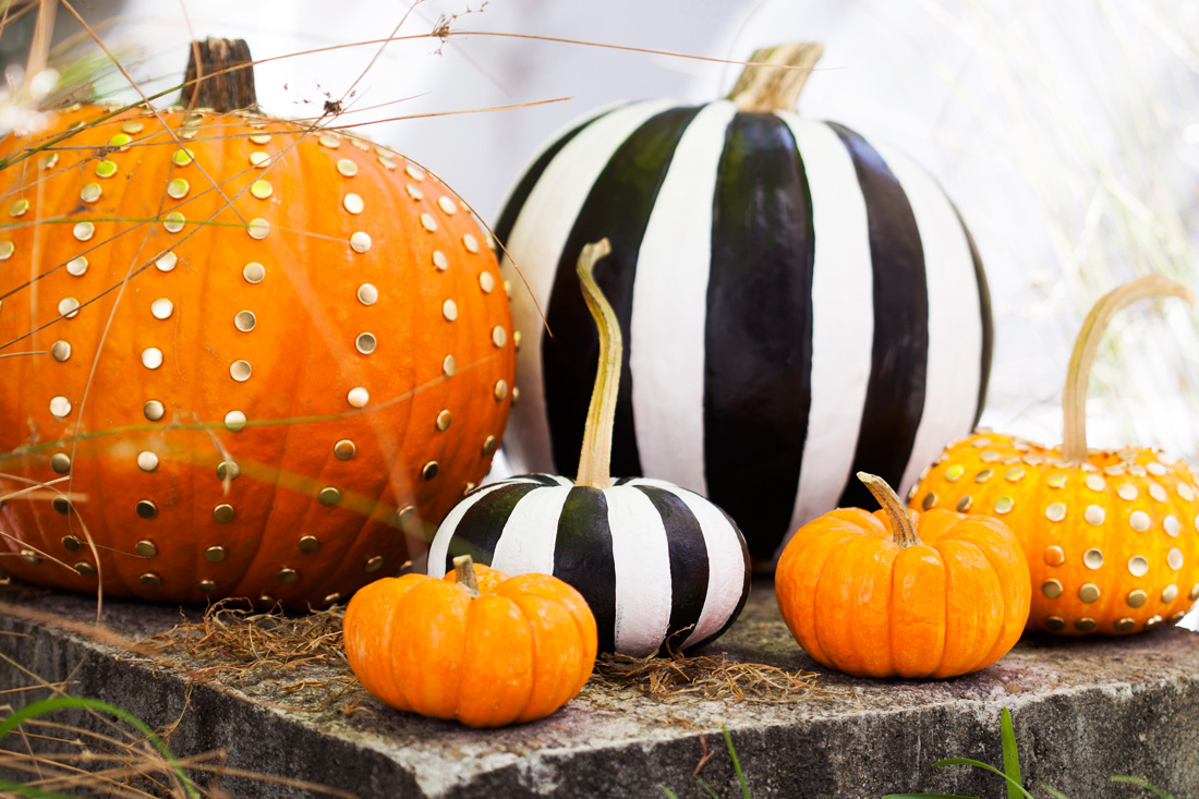 home decorating trends homedit - Chic Halloween Decor