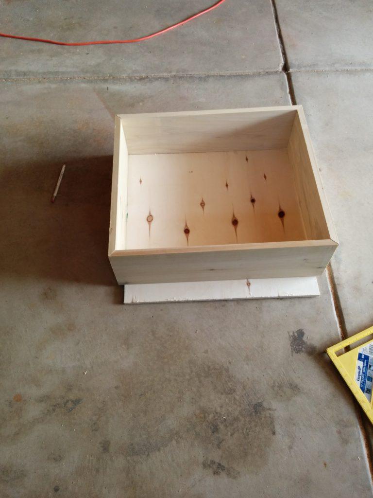 cutting-base-board-herringbone-box