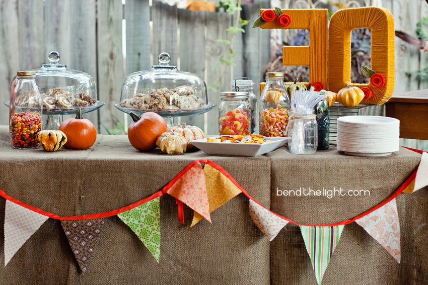 Fall parties 21 fun and festive decorating ideas Fall decorating ideas for dinner party