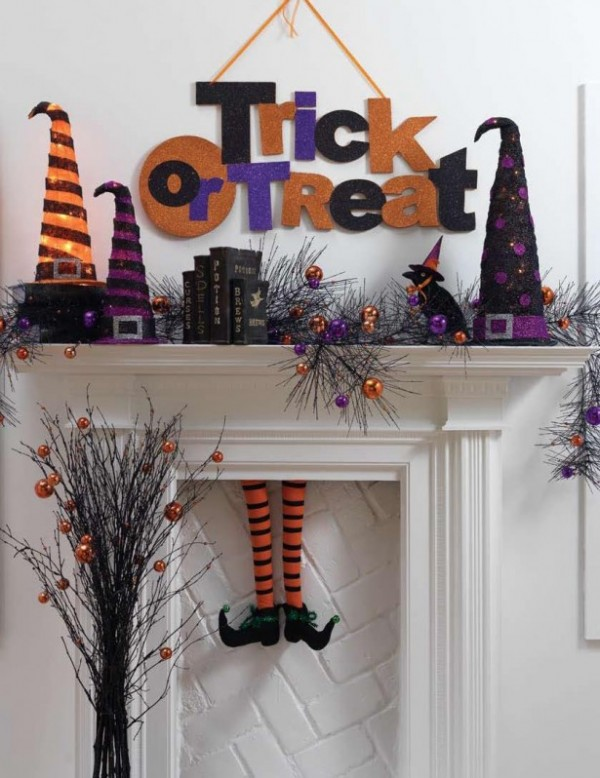 halloween banners - When To Decorate For Halloween