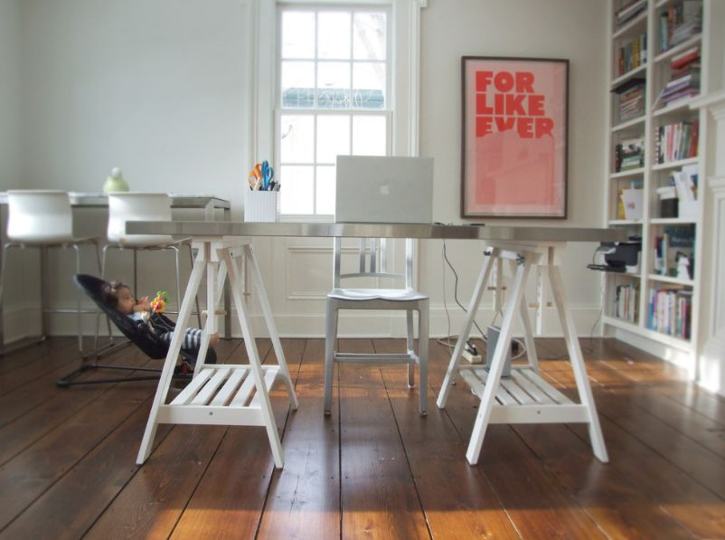 bold design telescoping table.  Comfort Knows No Limits Height Adjustable Desk Designs