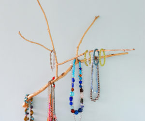 Natural diy jewelry tree display for Tree branch jewelry holder